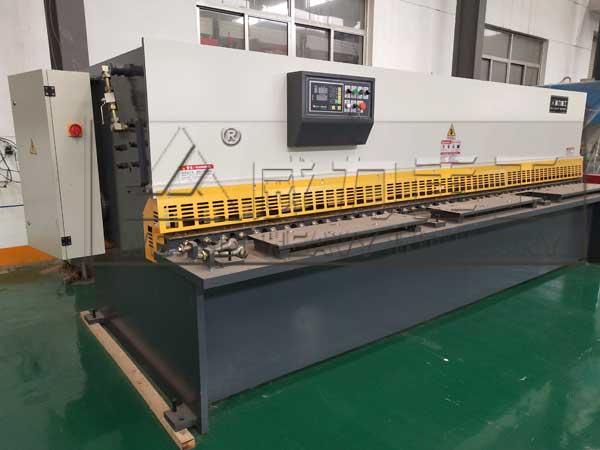 4x4000液压摆式剪板机